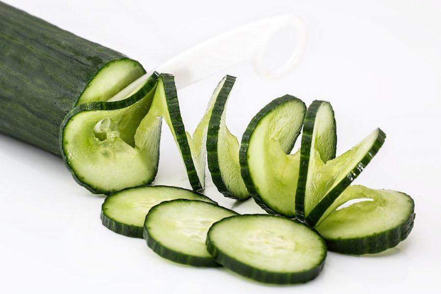 Komkommer kweken in de moestuinbak